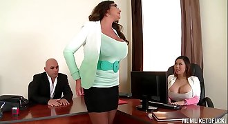 My Chesty Executive Mom Emma Butt sets up Office...